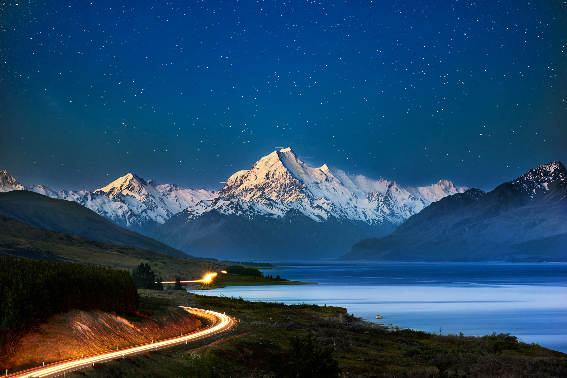 Towards the stars, Mt. Cook, Aoraki, New Zealand, South Island